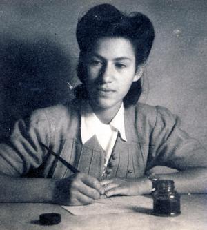 Den unga Mirjam. Som judisk flykting möttes hon ofta av fördomar. Till slut sa hon att hon var från Norrland.