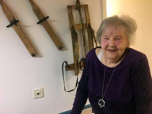 Johannie Eriksson minns mycket väl när den norske piloten landade på Mobergskölen.