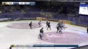 Här sätter Filip Johansson 1–0 för Leksand efter 04.09. Bild: C More.