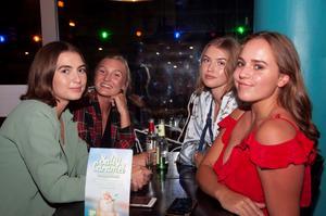 Taco Bar. Lydia Arriaza Hult, Emmy Sivén, Hanna Fall och Karin Olofsson