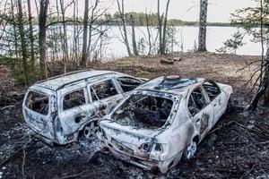 Bilbranden väntas inte orsaka allvarliga utsläpp i den intilliggande Norrsjön.
