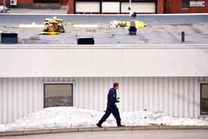 I slutet av april drabbades Shell i Bydalen av tjuvar som tog sig in genom taket.