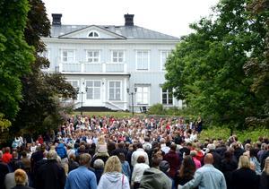 Söråkers skola och Ala skola hade avslutning i parken bakom Söråkers Herrgård.