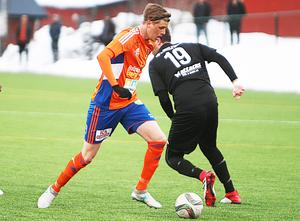 Bollnäs ser ut att få klara sig utan sin bästa målskytt Viktor Roos under resten av hösten.