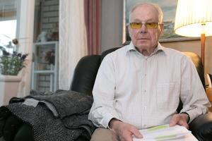 Leif Stenquist har tidigare varit kommunalråd och ordförande för miljö- och samhällsbyggnadsnämnden i Nynäshamn.