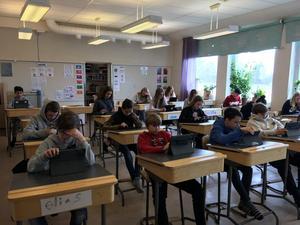 Eleverna i årskurs sex på Rörviks skola, har skrivit artiklar om hur den nya skolan ska se ut.
