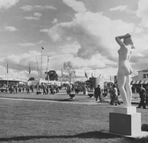 Jubileumsutställningen på Sätraåsen, Folkets park och travbanan. Foto: Ateljé Uggla, Stockholm, ur Gävle kommunarkivs samlingar