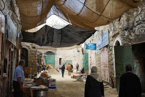 I gränderna i den palestinska delen av Hebron. Bild: Linda Sjölander Dillenbeck/Privat
