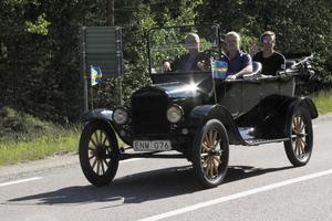 En T-Ford från anno Dazumal – 1921 – var ett av de ädlaste och äldsta inslagen i fordonskaravanen.