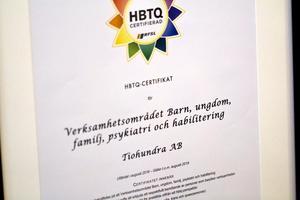 I Norrtälje kommun har en rad olika verksamheter HBTQ-certifierats under mandatperioden. Certifieringen har varit en viktig milstolpe i kommunens arbete för ett inkluderande arbetssätt, men vi är inte nöjda. Centerpartiet vill fortsätta det arbetet och certifiera fler verksamheter, skriver Emelie Löthgren och Gustav Hemming. Foto: Björn Nylund.