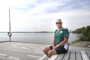 Ulf berättar att det nya Lögarängsbadet blir hans fjärde bad i hemstaden Västerås. När han blev aktiv som simmare i VSS var det 16-metersbassängen som stod där Västerås stadshus nu står som gällde. Den 12 augusti simmar han Lögastrandsimningen, öppet vatten-loppet i Mälaren som tidigare hette Elbasimningen och som har 100-åriga anor.