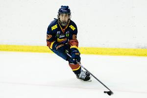 Mariam El-Mahmadi under en match med Djurgården den gångna säsongen. Bild: Kent Jönsson/Bildbyrån.