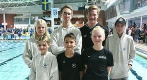 Överst från vänster: Eleanor Fredholm, Arvid Lind, Martin Schön Främre raden. Tindra Byqvist, Leo Ku-Ringström, Edith Wallberg, Simon Tibbling. Fotograf: Linda Wallberg