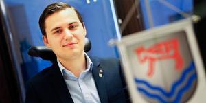Oppositionsrådet Niklas Rhodin (S) ville avbryta upphandlingen.