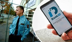 – Så fort du använder ditt bankkort på nätet, och inte använder två-stegsverifiering så vandrar ditt kortnummer ut på internet, säger Leif Lexon, gruppchef för bedrägeribrott i Örebro län.