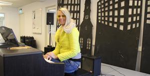 Under två års tid coachade Susanne Lindholm Hallnäs Idol-Tusse när han gick på Kulturskolan i Sala, och redan då såg hon talangen han besitter.