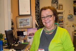 Helena Nielsen, 60, butiksägare, Fagersta:- I år? Att för första gången få fira jul med vårt första barnbarn!