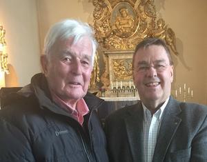 Håkan Rasteby och Göran Modén vid besöket i Frösö kyrka. Foto: Per Söderberg