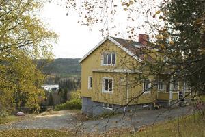 Nyligen har konstskolan fått överta en villa där de kommer att ha ateljéer för elever och även hyra ut ateljéer till redan verksamma konstnärer och konsthantverkare.