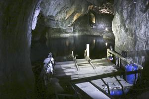 Vattenfyllt. De äldsta delarna av gruvan är från 1600-talet och är tyvärr vattenfyllda i dag. Dykare tar sig dock ned i dessa tunnlar då och då.