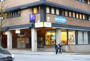 Barnavårdscentralen och barnmorskemottagningen i Luna lyfts fram som centrala i bildandet av Luna familjecentral.