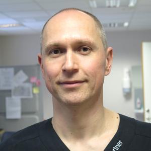 Balazs Rethy har jobbat hårt för att åstadkomma förbättringar på Hälsopartner hälsocentral i Sandviken.