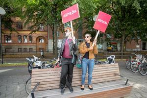 """På plats fanns representanter från den feministiska medieplattformen """"Gardet""""."""