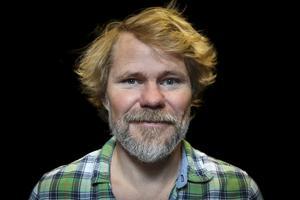 Karl Seldahl, konstnärlig ledare för Estrad Norr och den som har regisserat Versioner.