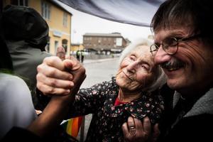 """""""Samarbete behövs mellan olika aktörer, att människor lär känna varandra. Och högerextremismen är ju inte bara ett fenomen i lilla Ludvika, utan ett problem i Europa"""" säger kyrkoherde Gunnar Persson."""