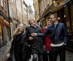 Alexander Mahmouds fantastiska bild på akademiledamöterna Kristina Lugn och Horace Engdahl från i maj i år. Foto: Alexander Mahmoud / TT / DN