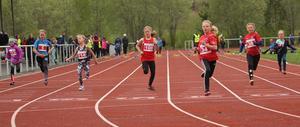 60 meter för F9 samlade nära 20 deltagare och var därmed en av de största klasserna under helgen.