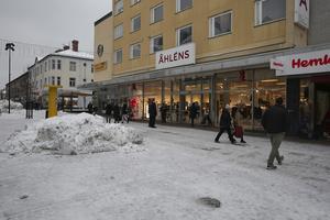 Nu finns en köpare till fastigheten som Åhléns lämnar i centrala Ludvika.