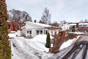 Denna villa på Stiernhielmsvägen i Falun kom på femte plats på Dalarnas Klicktoppen under förra veckan. Foto: Kristofer Skog/Husfoto