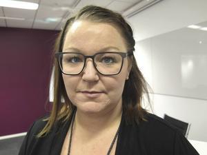 Anna Bergström, Vårdförbundets avdelningsordförande i Gävleborg, säger att ambulanspersonalen i länet är stressade över den låga bemanningen.