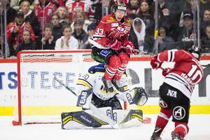 Örebro gjorde ett ordentligt försök att komma tillbaka och ta matchen till förlängning men Hugo Alnefelt i HV-målet stod pall. Bild: Andreas Sandström/Bildbyrån