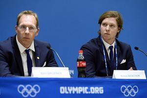 Nicklas Bäckström under presskonferensen i Sotji rörande hans intag av otillåtna medel.