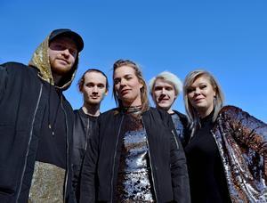 Nightshine från Borlänge har gjort årets Pridelåt i Dalarna.