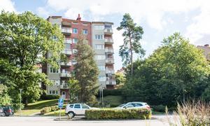 Höghuset på Skultunavägen 62 2019.