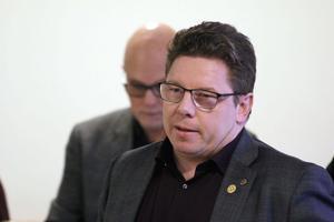 John Hägglöf från moderaterna i Lekeberg motionerar om att socialförvaltningen ska utreda om det går att införa ett projekt med