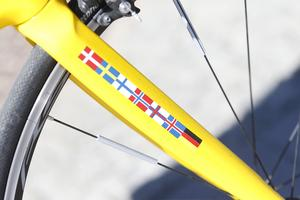 Lag från Danmark, Sverige, Finland, Norge, Färöarna, Island och Tyskland cyklar till Paris i välgörenhetsprojektet.