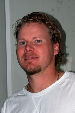 Spelsugen. Efter en säsong som coach och spelare för Leksand fick Rikard Reimer lämna laget
