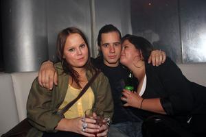 Silk. Mikaela, Stefan och Emelie