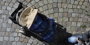 Vilken modell den stulna barnvagnen har är oklart. Men det stals en barnvagn, kläder och en bilbarnstol bland annat. Bilden är en arkivbild. Foto: Hasse Holmberg/Scanpix.