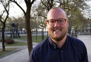 Adam Rydstedt (M) blickar framåt och ser positivt på sin politiska karriär.