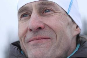Sportens mångårige reporter Hans Andersson har gått bort.