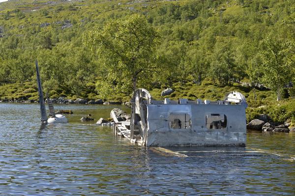 Resterna av bombplanet från 1940.