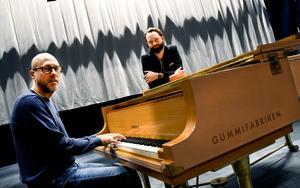 Jubileumsshowen kommer innehålla både pop, klassiskt, house och musikal. Adan Brown och Andreas Westberg har sedan drygt ett år tillbaka arbetat fram showen som äger rum nu på lördag.