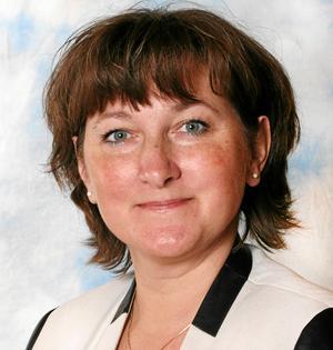 Lena Johansson, regionråd, (S), har personal- och utbildningsfrågor som ett av sina ansvarsområden. Foto: Pressbild