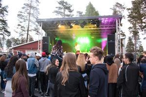 Första festivalen på Pangea i Tallnäs drog inte så mycket publik som man hoppats.
