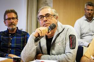 Bertil Asplund (S) vill flytta genomfarten till Kyrksjönäsvägen.
